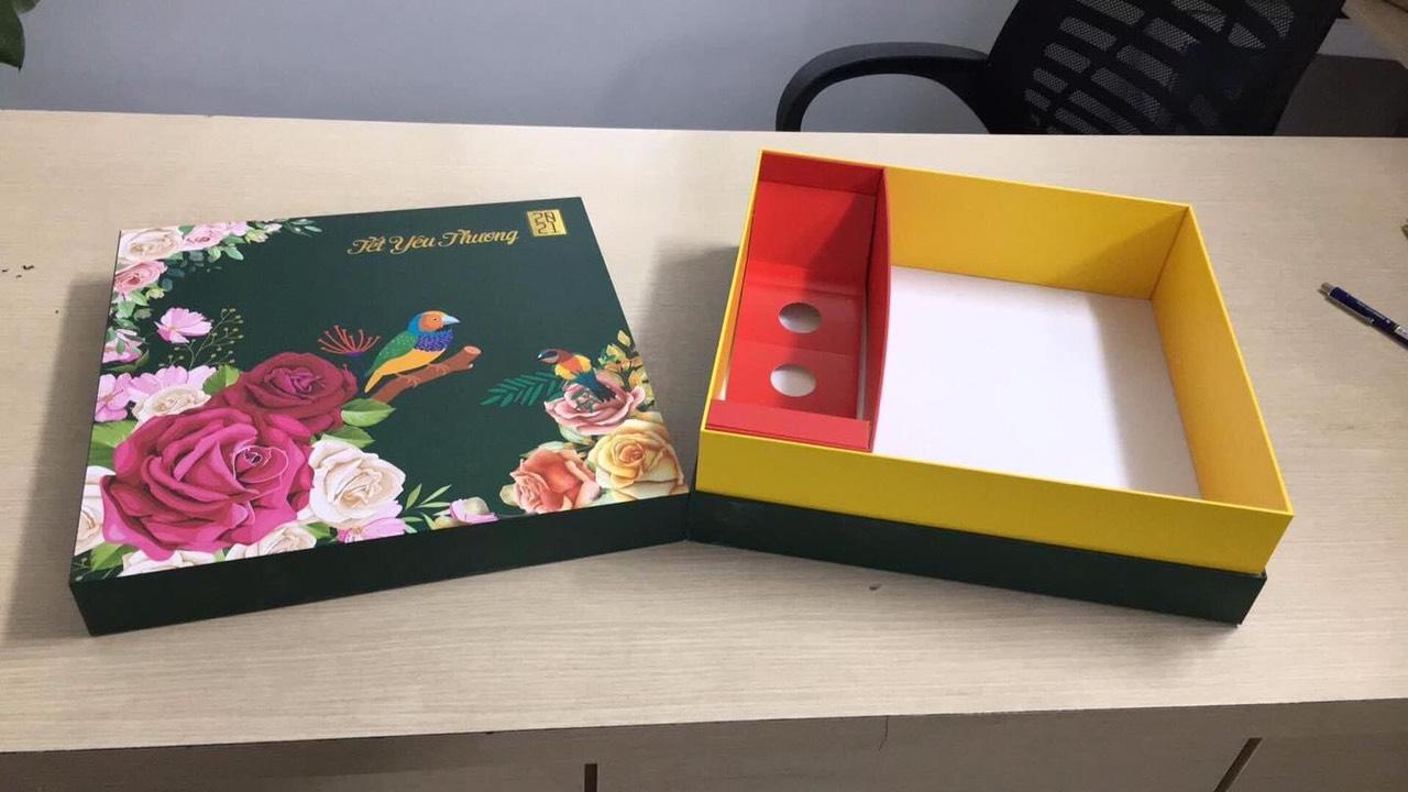 In hộp quà Tết